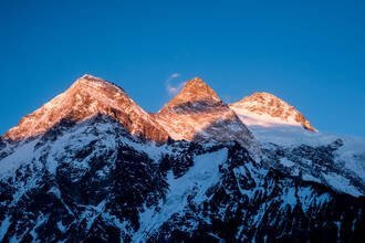 Can A Drone Fly Over Everest?