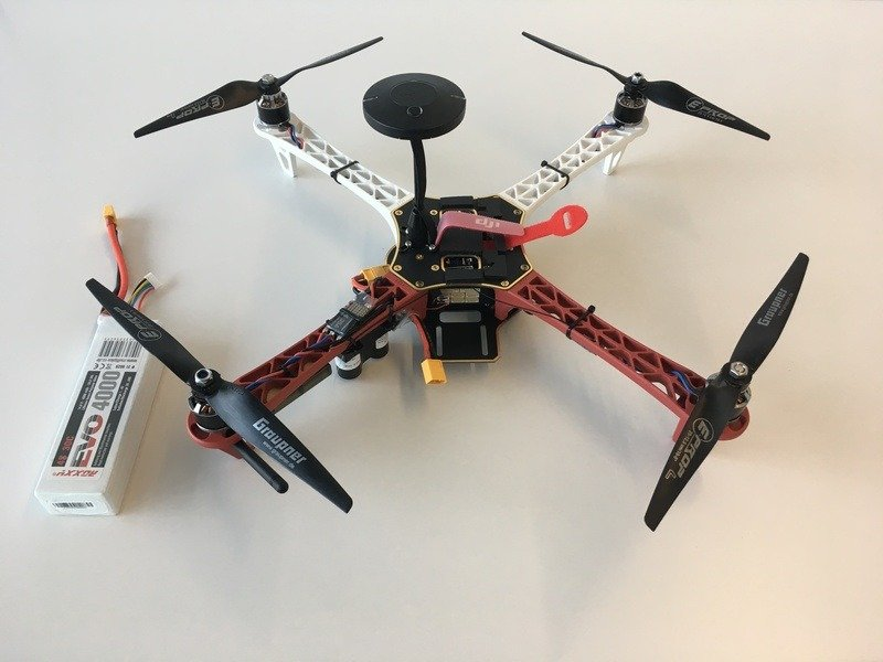 DJI Flame Wheel with the battery.